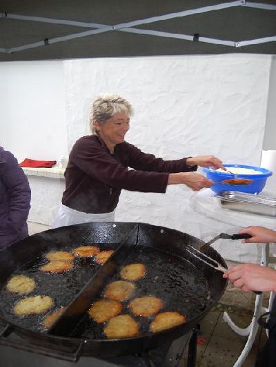 Das Bild Dorfaktionstag2012DSC_0223.JPG vergrössern