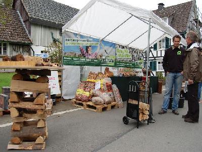 Das Bild Dorfaktionstag2012DSC_0258.JPG vergrössern