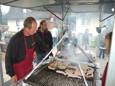 Das Bild Dorfaktionstag2012DSC_0307.JPG vergrössern