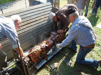 Das Bild Dorfaktionstag2011DSC_0016.JPG vergrössern