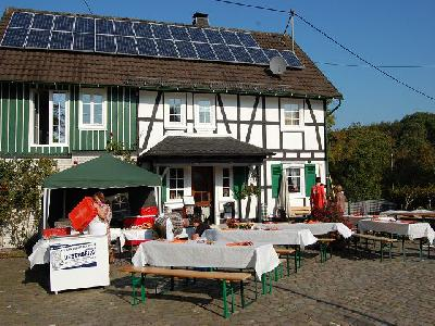Das Bild Dorfaktionstag2011DSC_0080.JPG vergrössern