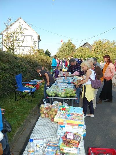 Das Bild Dorfaktionstag2011DSC_0187.JPG vergrössern