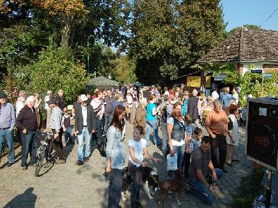 Das Bild Dorfaktionstag2011DSC_0257.JPG vergrössern