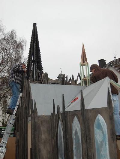 Das Bild KarnevalszugDenklingenDSC_0104.JPG vergrössern