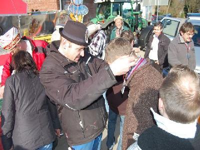 Das Bild KarnevalszugDenklingenDSC_0049.JPG vergrössern