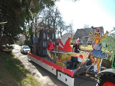 Das Bild KarnevalszugDenklingenDSC_0062.JPG vergrössern