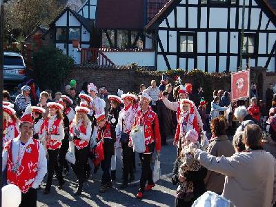 Das Bild KarnevalszugDenklingenDSC_0127.JPG vergrössern