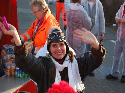 Das Bild KarnevalszugDenklingenDSC_0143.JPG vergrössern