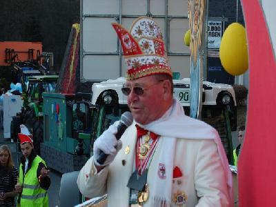 Das Bild KarnevalszugDenklingenDSC_0144.JPG vergrössern