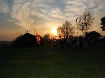 Das Bild Osterfeuer2011DSC_0260.JPG vergrössern